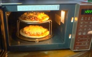 Can you microwave frozen pizza?